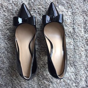 Ann Taylor Patent Leather Bow Pumps